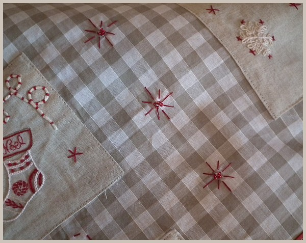 motif noel broderie traditionnelle