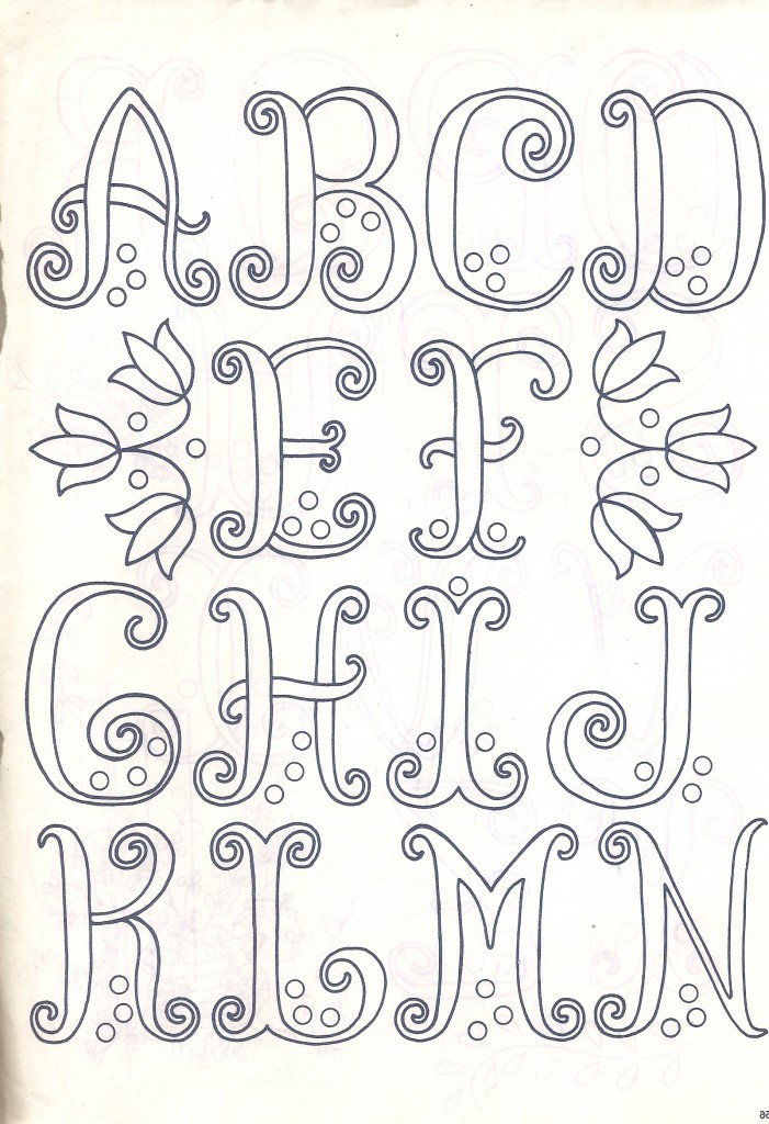 Patron broderie alphabet - Apprendre a broder des lettres ...