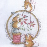 grille broderie souris