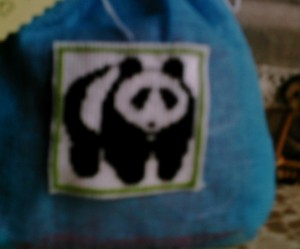 grille broderie panda